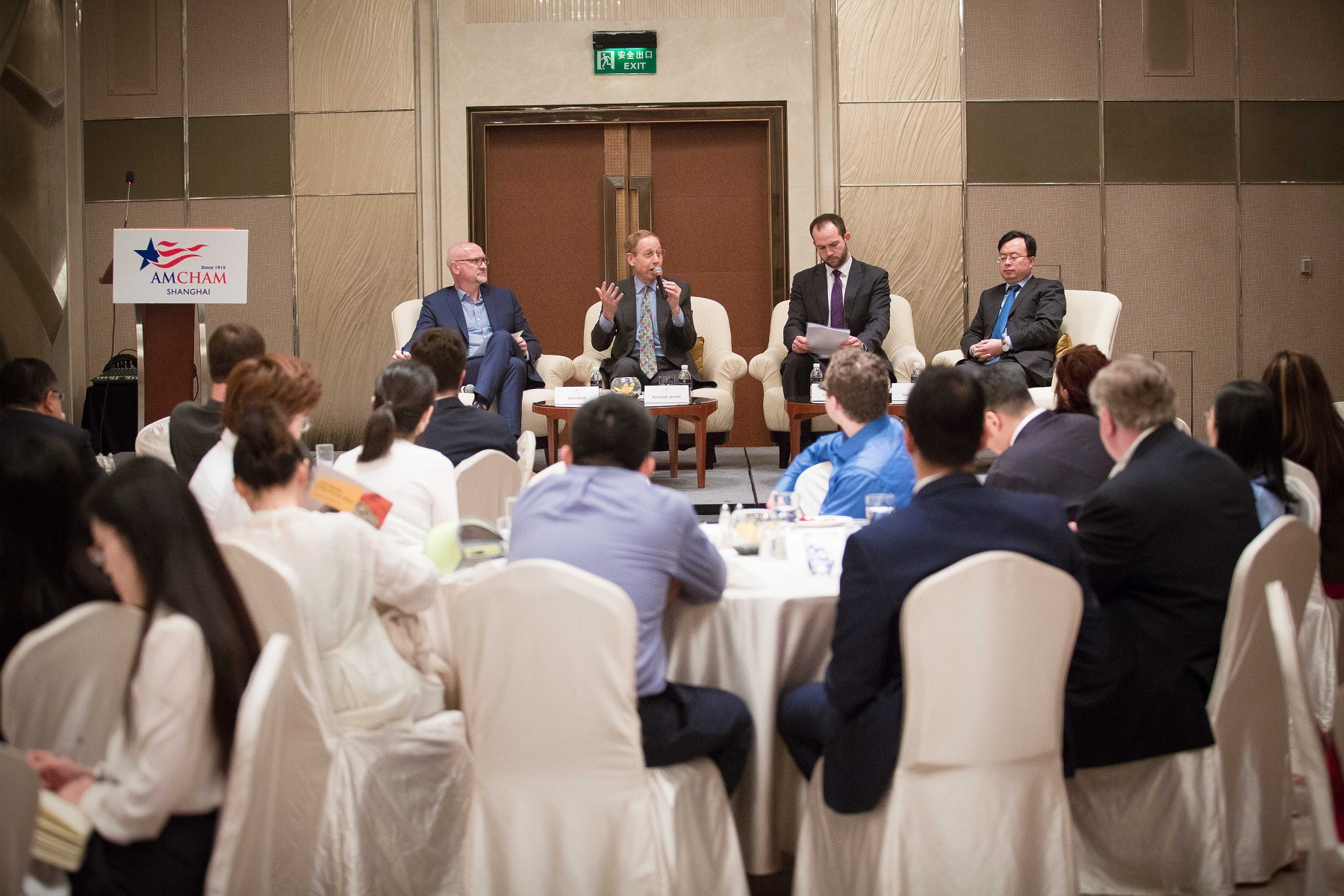 A briefing on the 100 day us china trade plan amcham amcham shanghai and the us china business council on may 25 co hosted a discussion on the recent 100 day us china trade plan and accompanying 10 point platinumwayz